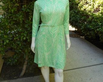 Vintage 1970's Gayle Evans Seafoam Green & White Print Dress - Size 20