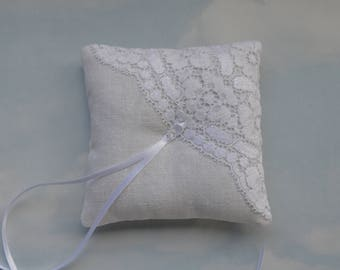Off white linen ring pillow. Wedding ring cushion.