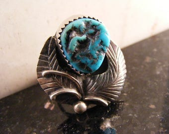 Vintage Native American Turquoise Feather Ring in Sterling Silver.....  Lot 4801