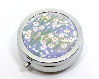 Pill box Jewelry case with Japanese handmade chiyogami washi paper (small flowers) with gift envelope