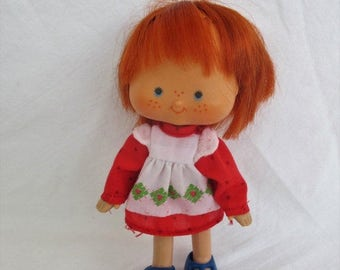 Spring SALE 50% OFF Vintage Strawberry Shortcake Doll, 1979 American Greetings, Original First Issue