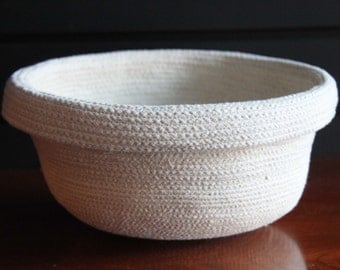Clothesline Rope Basket with rolled rim