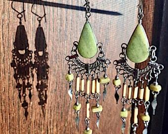 Feminine Filigree Vintage Earrings