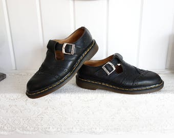 Vintage  Black Doc Dr Martens T-Strap Mary Janes Yellow Stitching Oxfords Shoes UK 7 US 9.5 10 Made in England