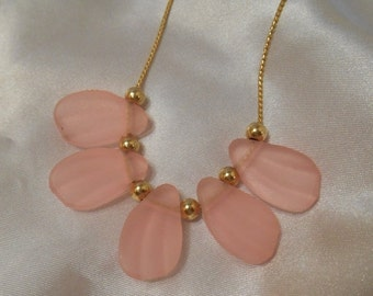 50% OFF SALE Avon Frosted Petals Necklace in Pink Rose