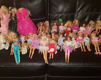 Hugh lot of barbie dolls