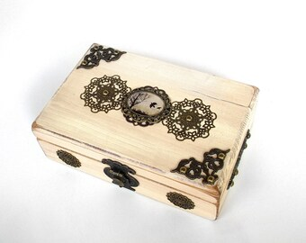 SALE - Raven Wedding Cards Box - Ring Bearer Box - Crow Jewelry Box