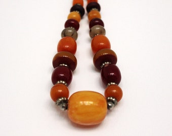 Vintage Boho Beaded Bakelite Multi Color Faux Amber Bead Ethnic Necklace