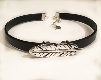 Leather and Feather Choker - Black Choker - Feather Choker - Leather and Feather Necklace - Teen - Womens - Gift - Trendy - Custom Initial