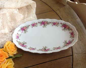 """11"""" Oval Shabby Rose Bowl // Dish Ridged Detail and Gold Trim Made in Walbrzych, Poland Small Serving Platter"""