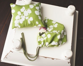 Girls Green Photography Prop  Pillow and Matching Hat Bonnet with flowers