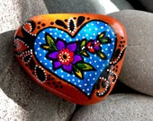 folow your heart / painted rocks / painted stones / heart rocks / heart stones / paperweights / rock art / hand painted rocks / sea stones