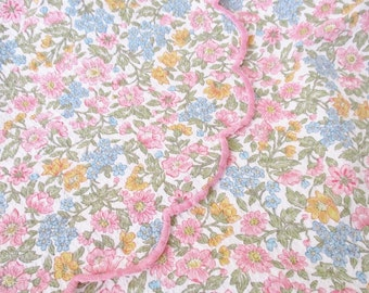 Vintage coverlet, cotton queen size coverlet, floral bed coverlet, bedspread, summer bedding, excellent condition