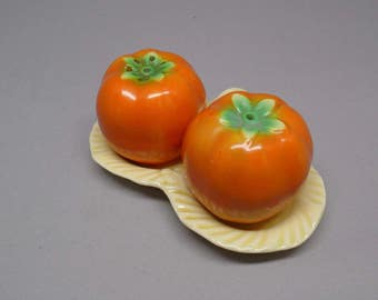 Vintage Salt and Pepper set Tomatoes