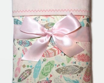 Flannel Blanket - Baby Girl Blanket - Swaddle Blanket - Feather Blanket - Baby Shower Gifts - Pastel Baby Blanket - Gifts for Baby Girls