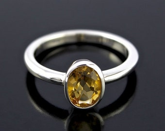 SALE 2 days only November Birthstone Ring. Orange Citrine Ring in Sterling Silver. Oval shape Orange Citrine Ring in 925 Sterling Silver - C