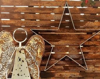 Large Wall ....Rusty Solid Metal Christmas Star/Large Metal  Star/Mantel Star/Metal Star/Farmhouse Star/Large Christmas Star