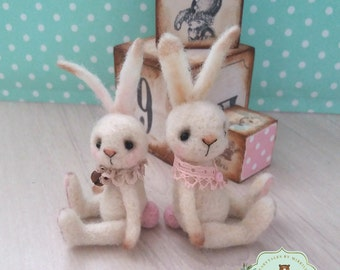 Pinkies - OOAK rabbit, tiny bunny, artist bunny, antique style bunny, felted rabbit, miniature bunny, Blythe, vintage bunny, dollhouse bunny