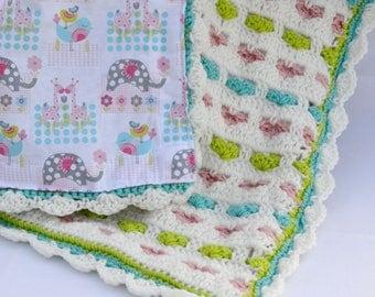 Hearts crochet afghan, crochet baby blanket, baby shower gifts, nursery blanket, reversible crochet blanket, travel blanket, baby afghan