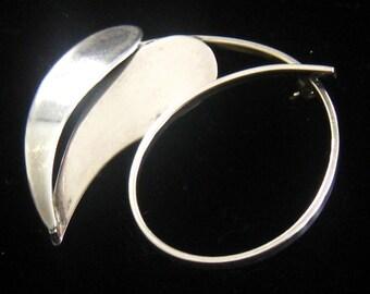 """BEAU STERLING Modernist Leaf Brooch with Swirl Stem Design.  Signed.  1-13/16"""" X 1-3/8""""."""