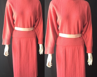 1930s knit set in crushed raspberry cream