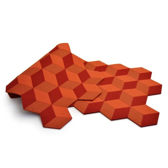 Felt table runner, wool felt runner, geometric runner, orange, cubes, home decor, wool felt, gift idea, handmade, made in Italy