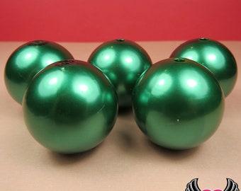 HUGE PEARL BEADS 30mm Emerald Green Imitation Pearls / Chunky Bubblegum Necklace Beads / jumbo pearls