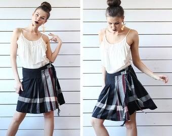 Vintage black white red tartan plaid wool pleated wrap midi skirt S M