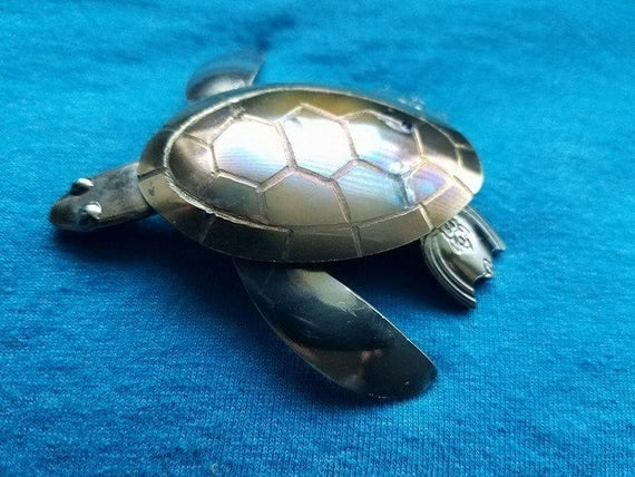 Sea Turtle, Mothers Day Beach, Silverware Decor, Spoon Sculpture, For Mom Turtle, Turtle Spoon, Desk Gift Art,  Place Setting Decor, Cutlery