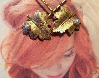 HOLIDAY SAVINGS Bridal Hair Pins Jewelry Vintage Woodland Trifari Pearl Leaf Bobby Pins Golden Grecian Leaves