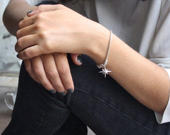 Sterling silver star bracelet, Star charm bracelet, Snake chain bracelet,925 sterling bracelet, North star jewelry, Silver chain bracelet