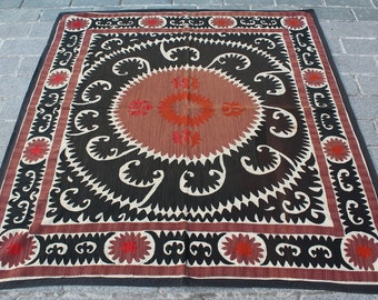 4.99' x 5.51' Suzani Vintage Suzani Old Embroidery Suzani Wall Hanging Uzbek Suzani Table Cover Ethnic Suzani FAST SHIPMENT with ups - 10961