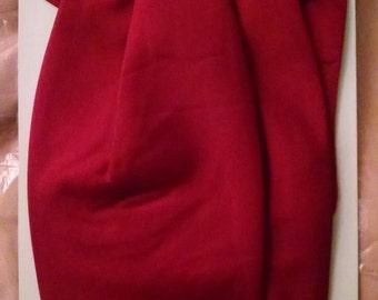 OST  Red Cravate / An Open-Collar Necktie