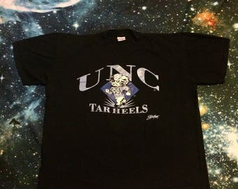 This is an amazing vintage University of North Carolina Tar Heels T-Shirt