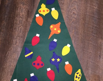 Felt Toddler Christmas Tree with Gifts • Interchangeable Bows • Wall Tree