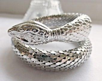Vintage Whiting Davis Silver Rhodium Electroplate Serpent Snake Single Coil Bangle Bracelet