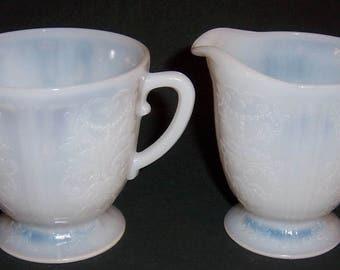MacBeth Evans Monax AMERICAN SWEETHEART Creamer and Sugar Bowl