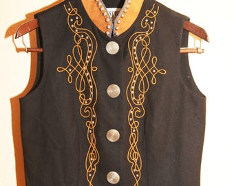 Western Cowgirl Womens Leather Collar Vest