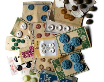 Vintage Buttons on Cards....1940s  LOT 1