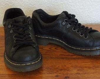 Vintage 90's Doc Martens Black Leather Oxfords AirWalk Size 3UK/36EU/5US