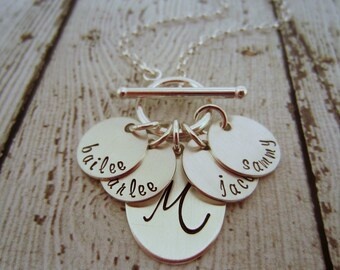 Personalized Mom Necklace, Personalized Jewelry for Mom, Personalized Necklace for Mom, Family Jewelry, Personalized Mom Jewelry, Mom Gift