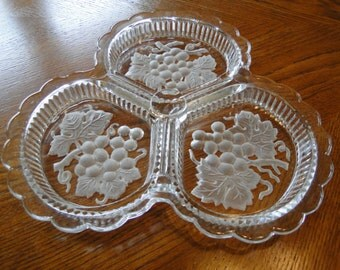 Tri-sectional Relish Tray with Grape Motif, Three section relish dish, Frosted Glass Serving Tray, Divided Tray