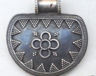 Vintage Antique Design Sterling Silver Pendant Amulet