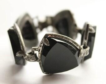 Vintage 1960's Black Onyx Stone Bracelet, Large Glass Stones, Costume Jewelry