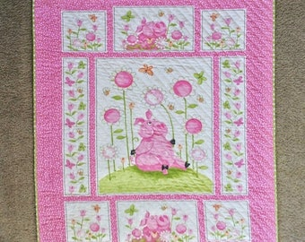 ON SALE Quilted Pink Piglets, Wall Hanging, Lap Quilt, Easter, Spring, Pinks, Lime Green, Polka Dots, Easter Piglets