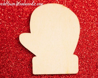 25 Wood Mittens Christmas Tree Ornaments-DIY Christmas Tree Crafts and Projects To Paint On