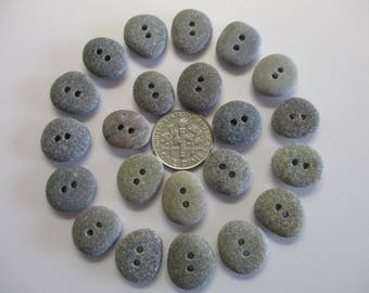 BEACH SEA STONE 14mm Buttons 22 Double Drilled Dark Grey Khaki Natural Stones Real Surf Tumbled Sewing Knitting Rock Pebble Button Peb 1318