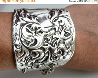 SALE 40% OFF Baroque Antique Whiting Heraldic Knight Shining Armor Victorian Sterling Silver 925 .925 Cuff Bracelet Armlet Medieval Gladiato