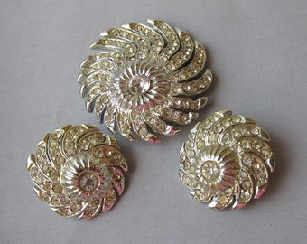 Retro 1940's Rhinestone Rhodium Swirl Vintage Pin & Earrings Set
