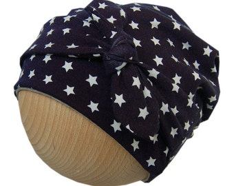 Baggy baby/toddler hat with stars and bow